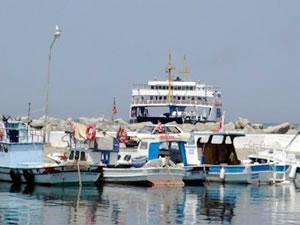 Enez'deki trol tekneleri Kabatepe Limanı'na yönlendirildi