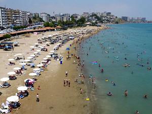 Adana'nın denizi yerli ve yabancı turistleri bekliyor
