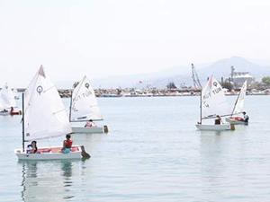 Samsunlu çocuklar yelken sporuna yöneliyor