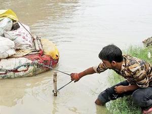 Hindistan'da Yamuna Nehri'nin su seviyesi arttı
