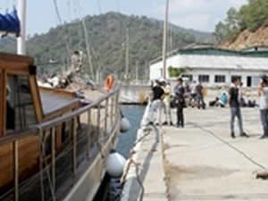 Muğla'da 30 kişilik gulette 174 göçmen yakalandı