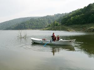 Barajlarda kaçak balık avlayanlara para cezası uygulandı