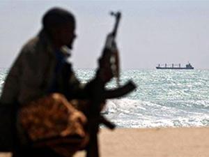 Gine Körfezi'nde korsan saldırıları devam ediyor
