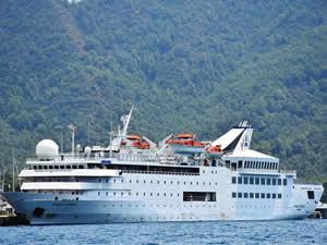 M/S Orient Queen, 164 yolcusuyla Marmaris'e demirledi