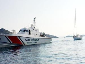 Teknede mahsur kalanları Sahil Güvenlik kurtardı