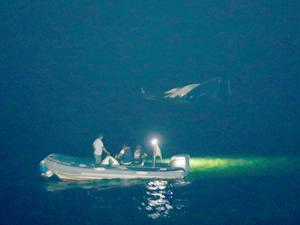 Beylikdüzü Kavaklı Sahili açıklarında bir tekne battı!