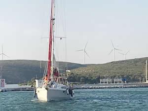 'Keyif' isimli tekneyle açıldıkları dünya turundan döndüler
