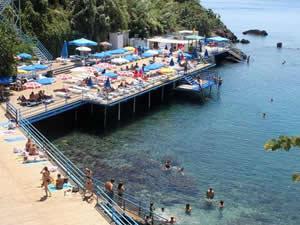 Tatilcilerin yeni gözde plajı: Konserve Koyu