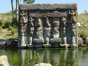 Eflatunpınar Hitit Su Anıtı turist çekiyor