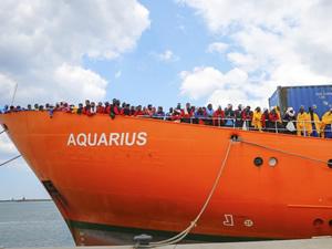 Cebelitarık, arama kurtarma gemisi Aquarius'un iznini iptal edecek