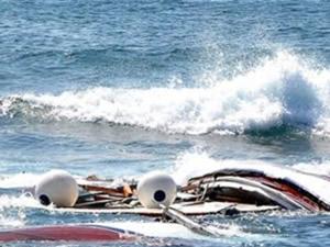 Tunus'ta kaçak göçmenleri taşıyan balıkçı teknesi battı!