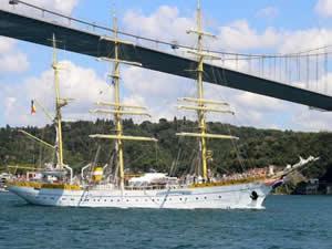Romanya Deniz Kuvvetleri'ne bağlı gemi, Boğaz'dan geçti