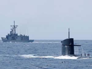 MIT, denizaltıların uçaklarla iletişim kurabilmesi için sistem geliştirdi