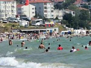 Tekirdağ'da tatil nedeniyle sahiller doldu