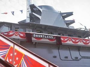 Singapur, LMV DAUNTLESS'i suya indirdi