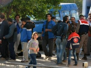 Yunanistan'a geçmeye hazırlanan 429 göçmen yakalandı