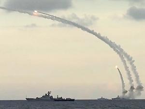 Rusya, Suriye kıyılarına 3 yeni gemi gönderdi