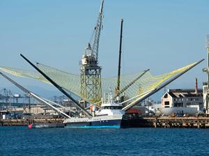 SpaceX'in roket parçalarını toplayan bot, göreve geri dönüyor
