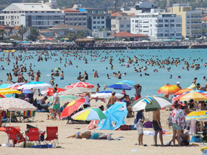 Türk plajlarında 459 Mavi bayrak bulunuyor
