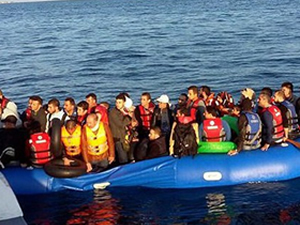 Ege Denizi'nde 48 kaçak göçmen kurtarıldı