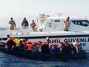 Seferihisar açıklarında 45 kaçak göçmen yakalandı