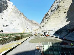Yusufeli Barajı'nın gövde çalışmaları devam ediyor