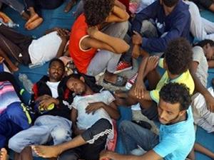 Akdeniz'de 100 sığınmacı hayatını kaybetti