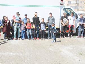 Ayvalık'ta 28 kaçak göçmen yakalandı