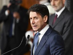 Giuseppe Conte: İtalya, göçmenleri rastgele kabul etmek için müsait değil