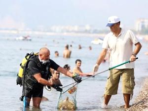 Deniz gönüllüleri 16 yıldır TURMEPA öncülüğünde kıyılara akın ediyor