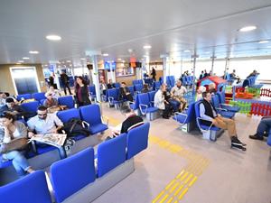 İzmir Körfezi'nde 1 milyon yolcu barajı aşıldı