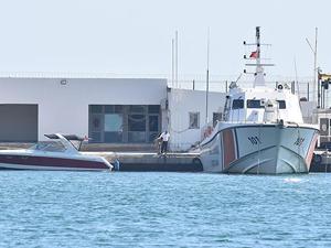 Bodrum'da göçmenlerin bulunduğu lastik bot battı!