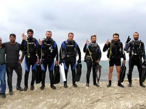 Çarpanak Yarımadası'na yüzerek ulaştılar