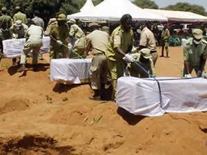 Tanzanya'da feribot kazasında ölenler toprağa veriliyor