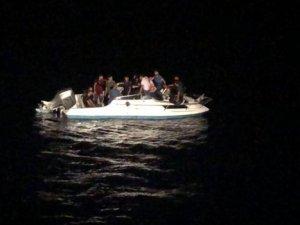 Suriyeli göçmen taşıyan tekne tespit edildi