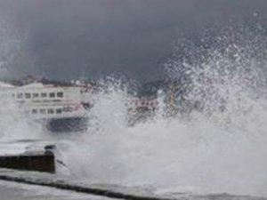 Marmara Denizi'ne fırtına engeli!