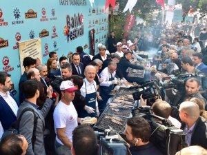 14. Tarihi Yarımada Balık Festivali'ne yoğun ilgi