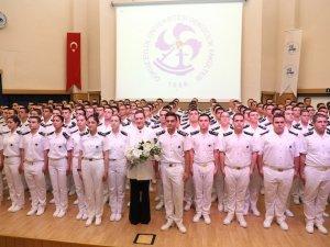 Dokuz Eylül Üniversitesi'nde Denizciler Brövelerini taktı