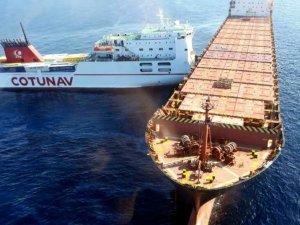 Akdeniz'de ro-ro ve konteyner gemileri çatıştı