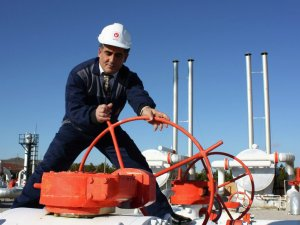 Kuzey Akımı 2'nin boru döşeme çalışmalarına gemi takviyesi
