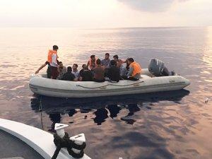 Güney Kıbrıs Greco Burnu açıklarında 20 Suriyeli mülteci kurtarıldı