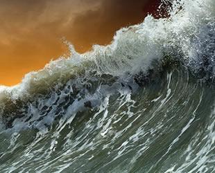 Etna Yanardağı, Akdeniz'de tsunami riski yaratıyor