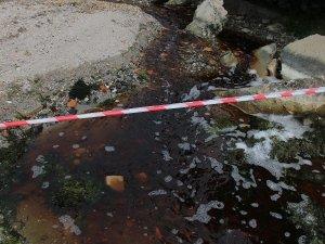 Tekirdağ'da kızıla boyanan bölgede denize girmek yasaklandı
