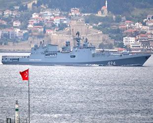 Rus savaş gemileri tek tek Kardeniz'e dönüyor