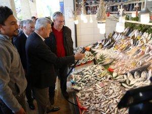 Kocaeli'nin yeni balık pazarı tanıtıldı