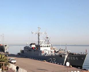 Karadeniz'e 5 NATO savaş gemisi demirledi