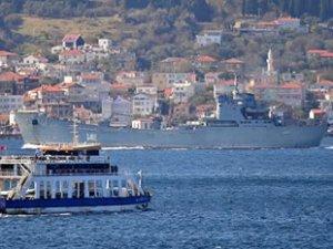 Rus savaş gemisi 'Orsk', Çanakkale Boğazı'ndan geçti
