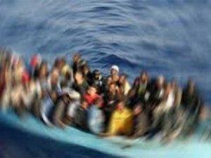 Dikili göçmen teknesi battı: 10 kişi kayıp