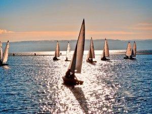 2024 Paris Olimpiyatları'nda yarışacak yelken kategorileri belli oldu