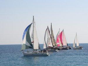 Antalya'da yat ve yelkenler, Atatürk Kupası için yarıştı